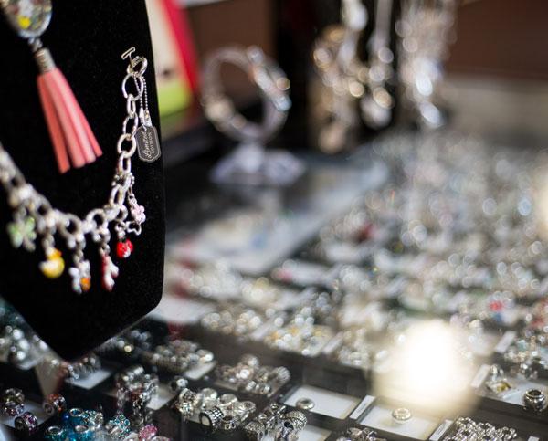 DaVinci Collectable Beads